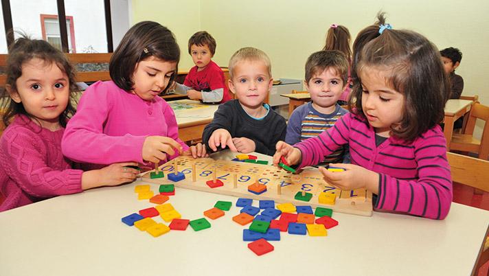 kinderlachen-HIV-Betroffene-Kinder