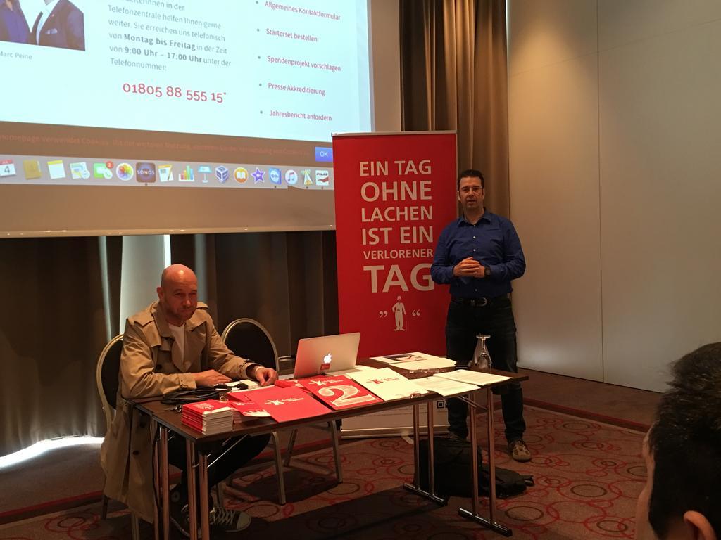 Kinderlachen Pressekonferenz München