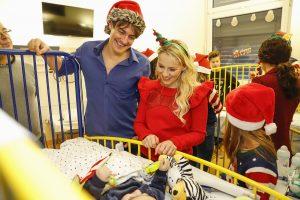 Matze und Nika in der Kinderklinik